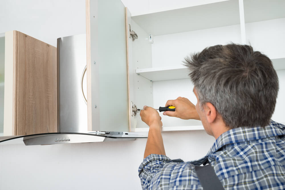 installing kitchen cabinet doors