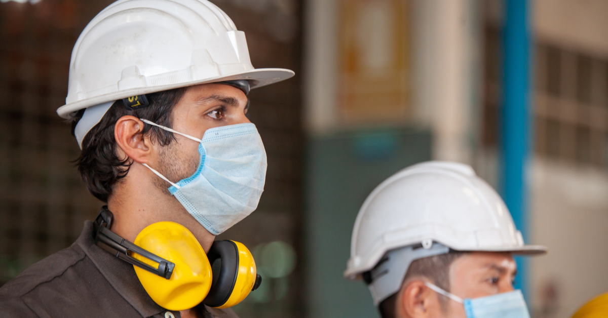 construction-workers-during-covid-19-face-masks